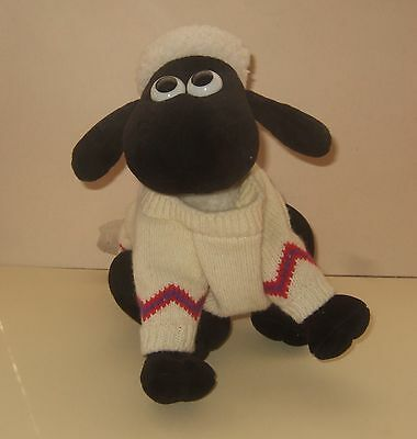 Wallace & Gromit Soft Toy - Shaun The Sheep Wearing His Famous Jumper