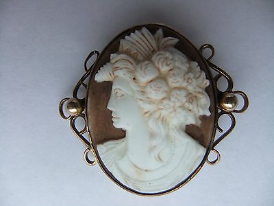 antic Victorian 9ct gold cameo brooch