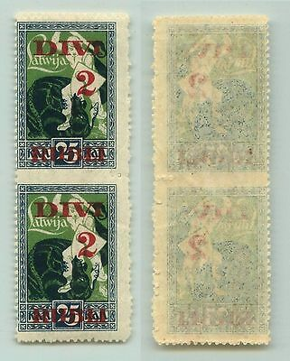 Latvia, 1921, SC 93, MNH, missing perforation, pair. f3091