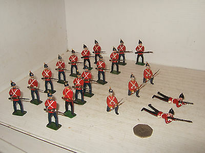Rare Vintage 20 Piece, Britains Infantry of the Line at the Ready