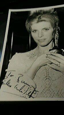 Autograph 10x8 photo signed by Billie Whitelaw