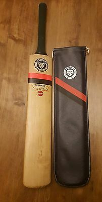 Newberry (Merlin) cricket bat