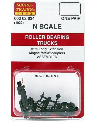 Micro Trains N 00302034 (1032) Roller Bearing Trucks w Long Extension Couplers