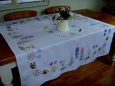 Exquisite Vintage Tablecloth Hand Embroidered Spring Flowers Primulas Bluebells