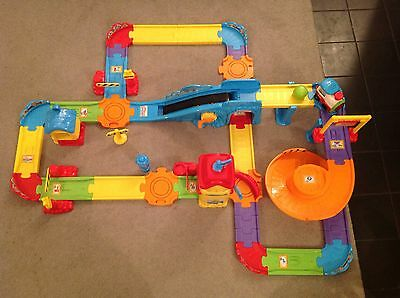 VTech Toot Toot Drivers Train Set Immaculate