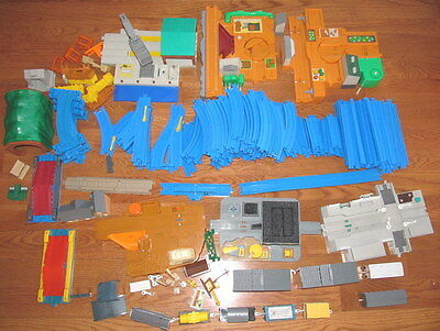 Very Large Lot Of Tomy &  Thomas Train & Track & Engine & Buildings  Accessories