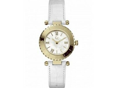 Guess X70037L1S Mini Chic White Leather Bracelet With White Analog Dial Watch