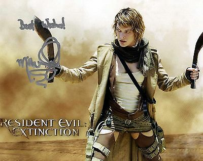 Mila Jovovich signed 8x10 Resident Evil reprint autograph