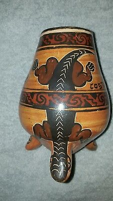 Chorotega Art Pottery Vase Costa Rica Three Legged Vase Lizard