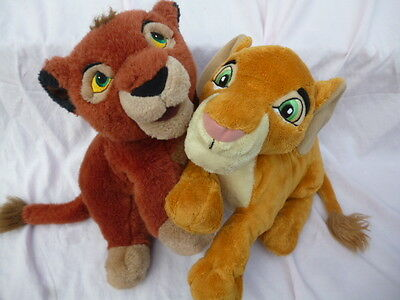 lot 2 peluches plush disney couple kiara et kovu Le Roi Lion
