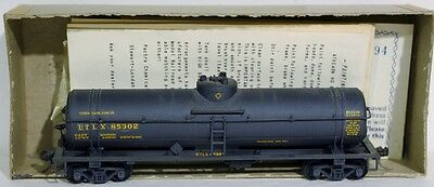 HO Athearn UTLX Tank Car Kit Rd. #85302