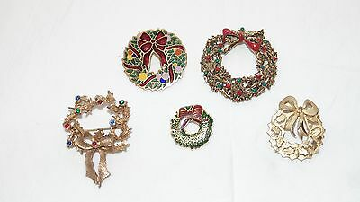 Lot of 5 Christmas Brooches Wreaths