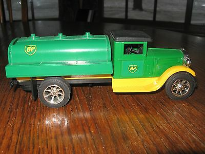 BP Toy Tanker Truck Bank, 1996 American  Classics (div. of Ertl), stock #296571
