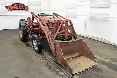 1958 International Harvester 350 Runs Hydraulics Work Farm Bucket 1958 Red Runs Hydraulics Work Farm Bucket!