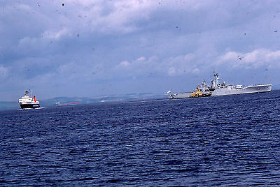 35mm SLIDE :  MARITIME :  H.M.S. BERWICK & OTHER SHIPPING 1980's