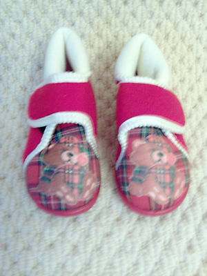 Original vintage 1980s small infants red cream teddy bear slippers uk made sz 4