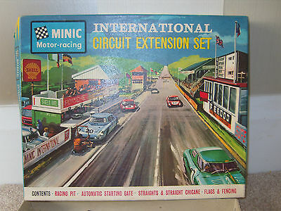 rare Tri-ang Minic Motorway BOXED Circuit Extension Buildings SET REDUCED