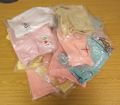 14 PAIRS OF VINTAGE 1980s UNWORN GIRLS SHORTS ASSORTED SIZES, COLOURS & STYLES