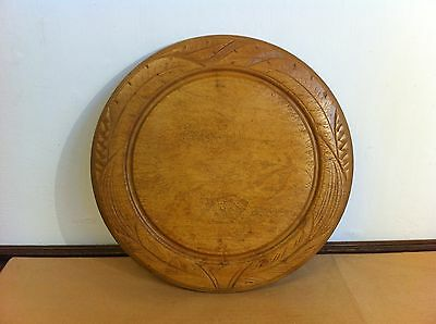 LOVELY COLOUR ANTIQUE CARVED SYCAMORE BREAD BOARD 11.9 inches