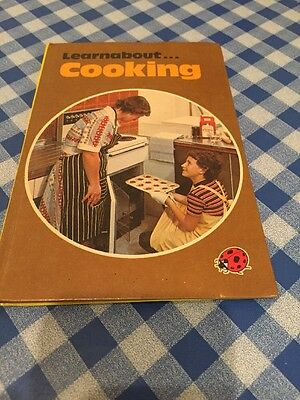 Vintage 'Learn About Cooking ' By Ladybird.1977
