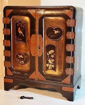 Antique Japanese Lacquer Cabinet  Jewellery Box With Drawers & Key