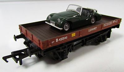 OO Gauge Bachmann B450141 BR Lowfit Wagon With Car Load UNBOXED (33-412)
