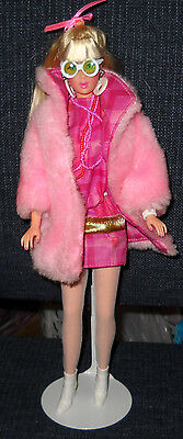 Platinum Blonde Repro Far Out Barbie w/2002 Rocky Mountain Mod Convention Outfit