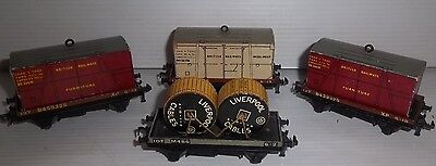 4 Assorted Hornby Dublo Oo Gauge Flat Wagons & Containers