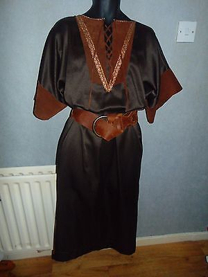 Quality Hand Crafted Medieval Tudor Courtier Style 2 Piece Outfit Size L