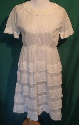 Vintage Girl's White Lawn Dress Early 1900s C30