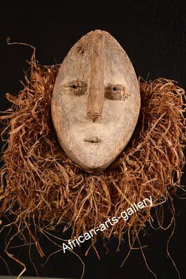 81 old mask of the Lega DR Congo / Congo Africa