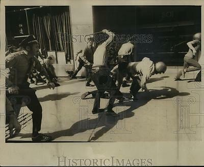 1973 Press Photo Police fighting demonstration at 3rd Avenue NYC precinct