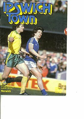 Ipswich Town v Norwich City 1980/81 league cup 3rd round