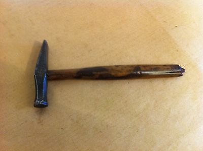 LOVELY DECORATIVE UNUSUAL SMALL QUALITY ANTIQUE WOOD & STEEL HAMMER 6 inches