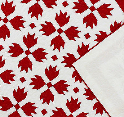 Very Graphic Red & White Bear Paw FINISHED QUILT Queen size - Feather Quilting