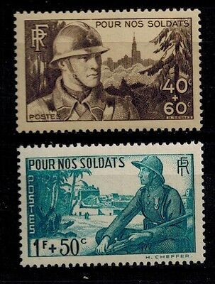 timbres France n° 451/452 neufs** année 1940