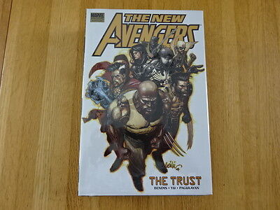 Rare Copy Of The New Avengers: The Trust Hard Cover Graphic Novel! Marvel!
