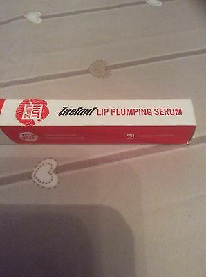 HOT LIPZ Instant Lip Plumping Serum  for pouty lips – 5g