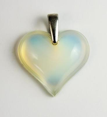 LALIQUE GLASS Vintage IRIDESCENT HEART PENDANT Signed
