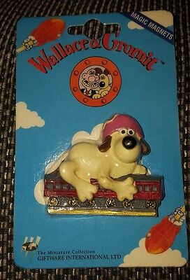 Wallace and Gromit Fridge Magnet - 1989 - Gromit Train Ride Scene - Brand New