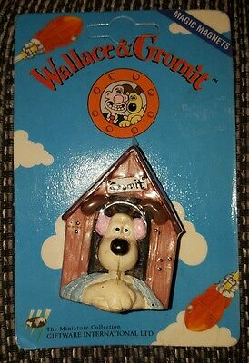 Wallace and Gromit Fridge Magnet - 1989 - Gromit Kennel Scene - Brand New