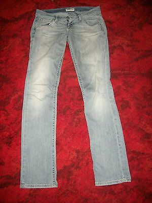 "Ladies size 10 (28"") Jeans By Lee"