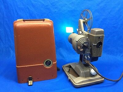 Vintage Revere Camera Company Model 85 Movie 8mm Film Movie Projector w/ case