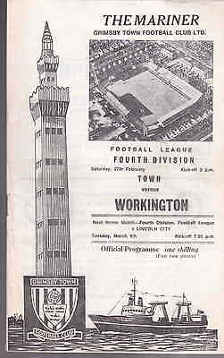 Grimsby Town v Workington Feb 1971 Division Four programme good condition