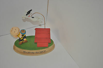 Hallmark 2010- Peanuts Gallery Figurine- It's A New Day-Dive Right In!