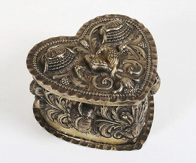 18th Century Dutch or German 800 Silver Heart-Shaped Repousse Box - Love Birds