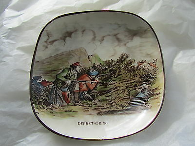 Vintage Gray's Pottery Small Shallow Dish with DEERSTALKING Image