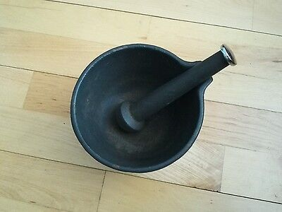 Solid Cast Iron Pestle and Mortar Vintage Look Kitchenware Gifts | send me offer