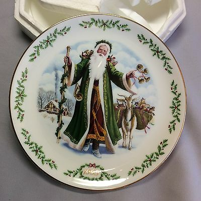 LENOX INTERNATIONAL VICTORIAN SANTA decorative PLATE FATHER CHRISTMAS