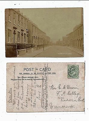Post Card Real Photo Of  Milnrow Albert Street